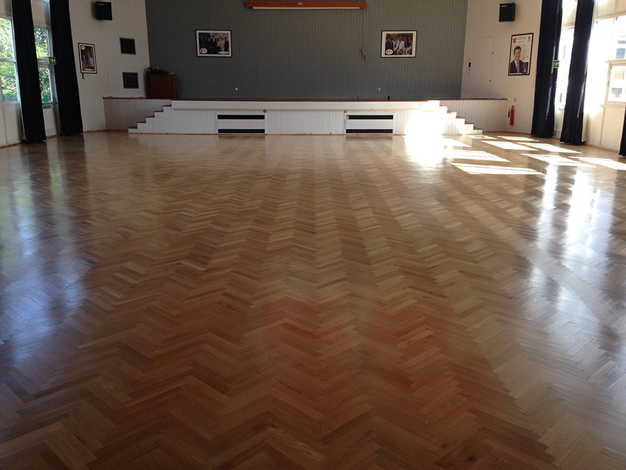 Oak parquet floor replaced after water damage