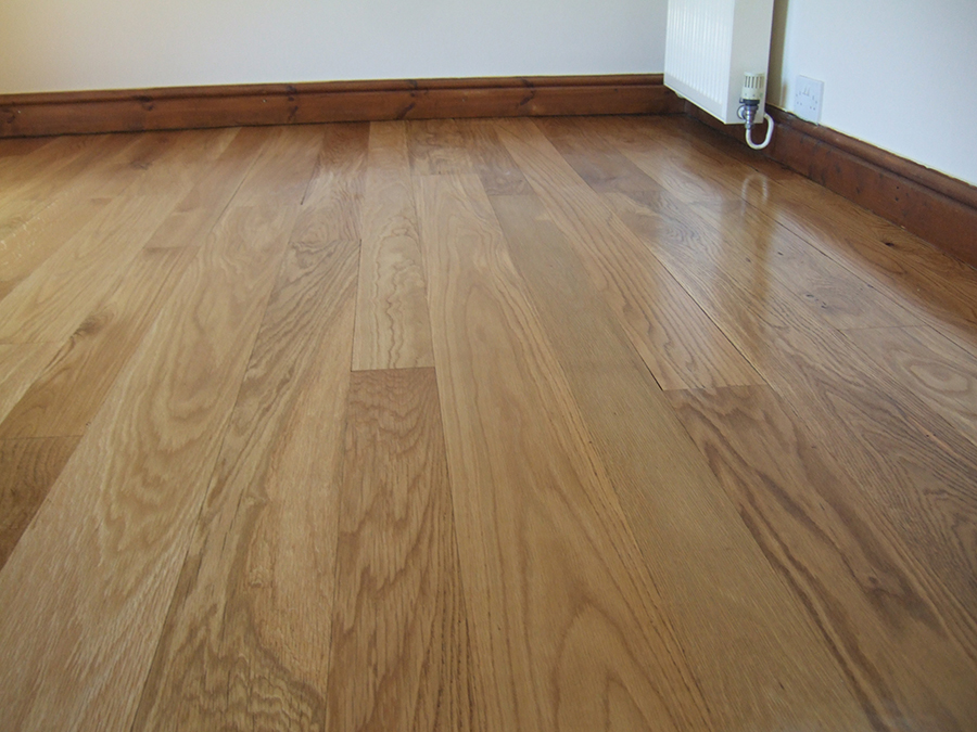 Sanded oak floorboards